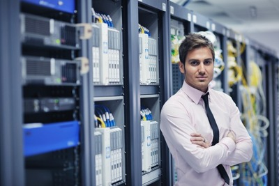 It_engineer_in_data_center